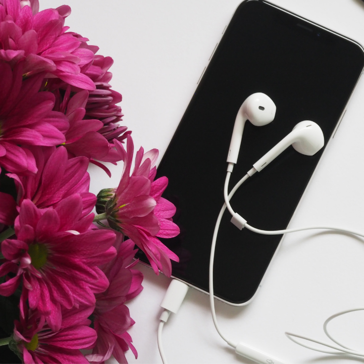 best podcasts to listen to in your twenties, 20s, twentys, best personal development podcasts to inspire personal growth,